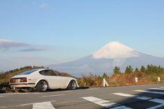 Nissan Fairlady Z Nissan Z Cars, Jdm Cars, Classic Japanese Cars, Classic Cars, Japanese Style, Gtr R34, Japanese Domestic Market, Datsun 240z, Import Cars