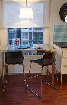 Make the most of your view with a clever dining space.