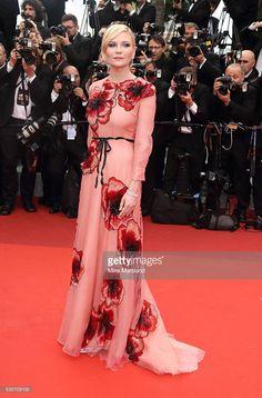 Kirsten Dunst - Inspiración: Cannes 2016 :http://www.bailarinasplegables.com/inspiracion-cannes-2016/