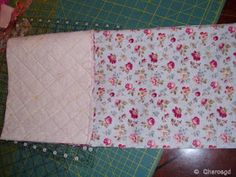 Charo's Patchwork: Tutorial bolsita acolchada. Drawstring Bag Tutorials, Pouch, Quilts, Blanket, Crochet, How To Make, Bags, Popular, Patterns