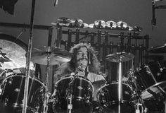 Dude!  ;)  November 3, 1978  Victoria Memorial Arena - Victoria, British Columbia  Photographs by John Allison
