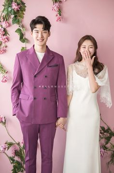 Pre Wedding Poses, Wedding Couple Poses, Pre Wedding Photoshoot, Wedding Pics, Wedding Styles, Dream Wedding, Korean Couple Photoshoot, Boho Wedding Dress, Wedding Dresses