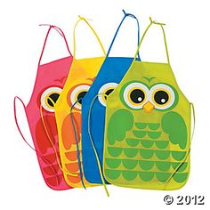 Cute kids owl aprons...great for birthday party favors or craft time during the party!