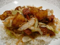 "KAUKAU TIME!--""Kaukau"" is a Hawaiian pidgin slang word meaning ""food"" or ""to eat."": SPAM & Cabbage Stir Fry"