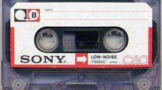 Κασέτα που θα την ακούς για 367 χρόνια ρίχνει στην αγορά η Sony! - Έχει δυνατότητα εγγραφής 65 εκατομμυρίων τραγουδιών καιεγγύηση 50 χρόνων – Μαζί της θα κυκλοφορήσει καιwalkman νέας τεχνολογίας Ποιος είπε ότι οι κασέτες πέθαναν; Η Sony ανακοίνωσε ότι θα επαναφέρει δρι�