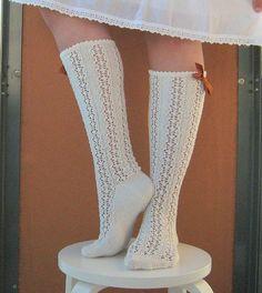Ravelry: Bintje pattern by Jatta Saukko ***ALERT ALERT**** freeeeee pattern folks! Lace Knitting Patterns, Knitting Blogs, Knitting Socks, Free Knitting, Knit Socks, Knitting Ideas, Frilly Socks, Lace Socks, Stocking Pattern
