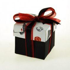 Cubo para dulces Poker con lazo de doble cinta