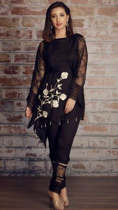 For price and details contact on WhatsApp# Pakistani Couture, Pakistani Dress Design, Pakistani Outfits, Indian Outfits, Stylish Dresses, Women's Fashion Dresses, Casual Dresses, All Black Dresses, Party Wear Dresses