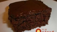 This easy vegan chocolate cake is one of the best chocolate cake recipes. It's easy to make, quick and perfectly delicious! Chocolate Fudge Frosting, Amazing Chocolate Cake Recipe, Best Chocolate Cake, Fudge Cake, Vegan Chocolate, Chocolate Cherry, Vegan Cake, Vegan Desserts, Lentil Soup Recipes