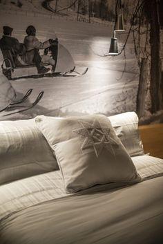 LEMAYMICHAUD | Design | Architecture | Interior Design | La Ferme | Hotel | Charlevoix | Le Massif | Hospitality | Room | Suite | Bed | Pillow | Print |