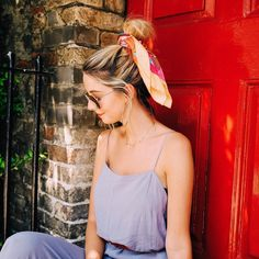 How is everyone in the UK coping with the heatwave? I'm not going to lie, I'm sweating in places I didn't think possible, like the inside… Summer Outfits, Cute Outfits, Summer Dresses, Zoe Sugg, Short Brown Hair, Zoella, Everyday Look, Celebrity Crush, Spring Summer Fashion
