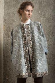 Кафтан шелковый Ethnic Fashion, Hijab Fashion, Indian Fashion, Boho Fashion, Fashion Outfits, Womens Fashion, Pakistani Street Style, Russian Fashion, Coat Patterns