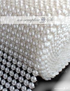Pearl Banding for Table Decor, Pearl Table Decor, Pearl Tri Pearl Centerpiece, Candle Centerpieces, Diamond Decorations, Table Decorations, Glamour Decor, Diy And Crafts, Arts And Crafts, Head Table Wedding, Bridal Brooch Bouquet