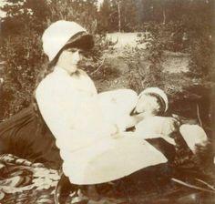 Grand Duchess Tatiana Nikolaevna Romanova of Russia with her aunt Grand Duchess Olga Alexandrovna Romanova of Russia and one of Tatiana's sisters in 1911.A♥W