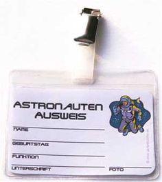 weltraum-kindergeburtstag-tipp-getränke-deko-astronautenausweis