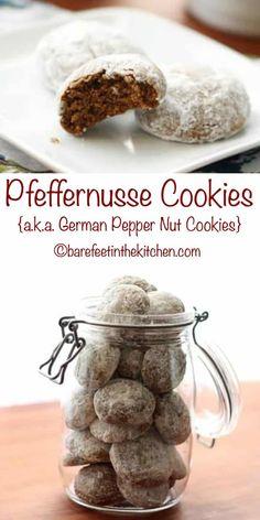 German Christmas Cookies, German Cookies, Christmas Desserts, Holiday Baking, Christmas Baking, Pfeffernusse Cookies Recipe, 21 Day Fix, Deutsche Desserts, Crack Crackers