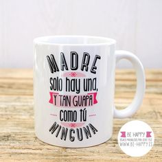 taza madre solo hay una,dia de la madre,taza,tazas,mug,mugs,regalo,regalos Mother Gifts, Gifts For Mom, Bakery Store, Couples Coffee Mugs, Cute Presents, Bullet Journal School, Mom Day, Grandpa Gifts, Personalized Mugs
