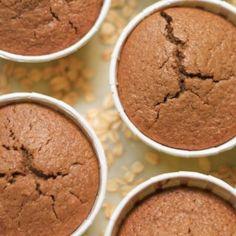 Strawberry Chiffon Cake Sponge Recipe By Bakealish Sponge Cake Recipes, Easy Cake Recipes, Sponge Recipe, Dessert Recipes, Cupcake Recipes, Milk Dessert, Dessert Shots, Milk Cake, Roll Cake Recipe Vanilla