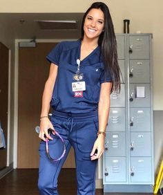 jdbetter:I love nurses! Cute Nurse, Nurse Love, Sexy Nurse, Nurse Aesthetic, Scrubs Outfit, Scrubs Uniform, Beautiful Nurse, Medical Scrubs, Nurse Scrubs