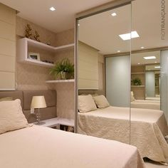 Modern Style Bedroom Design Ideas and Pictures. Browse modern bedroom decorating ideas and layouts. Discover bedroom ideas and design inspiration from a variety of minimalist bedrooms. Small Bedroom Wardrobe, Bedroom Closet Design, Girl Bedroom Designs, Modern Bedroom Design, Home Room Design, Small Room Bedroom, Home Decor Bedroom, Home Interior Design, Closet Small