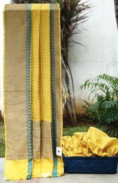 Lakshmi Handwoven Banarasi Silk Sari 1000244 - Saris / Banarasi - Parisera