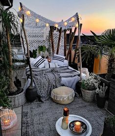 Small Balcony Decor, Outdoor Balcony, Balcony Design, Patio Design, Outdoor Spaces, Outdoor Living, Outdoor Decor, Balcony Garden, Patio Gardens