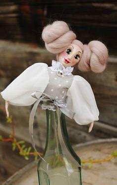 Mary Wintage / kolekcia spomienky na Mary / maramanufaktura - SAShE. Snowman, Mary, Retro, Outdoor Decor, Home Decor, Products, Homemade Home Decor, Snowmen, Decoration Home
