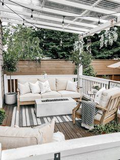 Small Backyard Design, Small Backyard Patio, Backyard Patio Designs, Backyard Ideas, Backyard Landscaping, Concrete Backyard, Cement Patio, Small Yard Pools, Patio Oasis Ideas