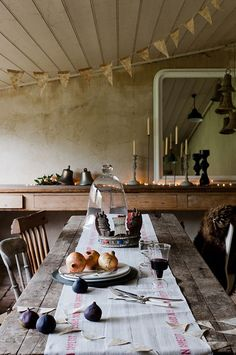 long eating table and long sideboard fpr serving and dishing up...