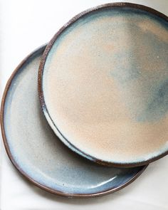 21.10.17. . . #handmade #ceramics #ceramic #ceramique #ceramicart #keramik #diy #bowl #dishes #tableware #pottery #clay #dinnerware #poterie #october #minimal #minimalism #clayart #home #bymyhand #bymyhands #sun  #makersmovement #makersgonnamake #instapottery #light #madebyhand #loveceramic #handmadeceramic #handmadeceramics