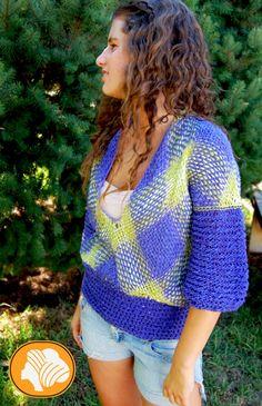 Scottish pistachio and blue hippie cotton sweater Weaving Designs, Weaving Patterns, Tapestry Loom, Estilo Hippy, Tear, Loom Weaving, Handmade Design, Cotton Sweater, Lana