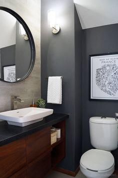 Before and after: Powder bathroom makeover reveal / Antes y después: Increíble transformación de un mini baño // casahaus.net