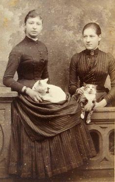 Holland, ca 1890 - Photographer: J. Hennequin, Amsterdam