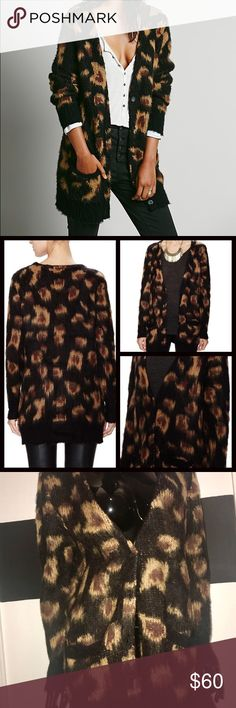 Free People Leopard Cardigan Never worn before!! Cute oversized cardigan for the fall! Free People Sweaters Cardigans