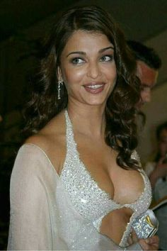 Rekha kannada hot actress sexy photos biography videos jayendra aishwarya exposing her b curves thecheapjerseys Images
