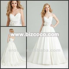 THIS MIGHT BE THE ONE--lace wedding dress with pockets