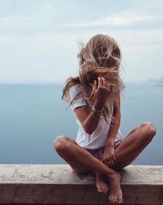 Image about girl in insta inspiration by Poses Photo, Foto Pose, Beach Bum, Summer Of Love, Summer Sun, Summer Hair, Belle Photo, Summer Vibes, Summertime