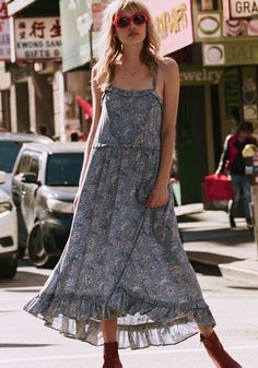 bc5fa70b5 SPELL AND THE GYPSY COLLECTIVE CELESTIAL MIDI DRESS CHAMBRAY Minimalist  Dresses, Minimalist Fashion, Classic