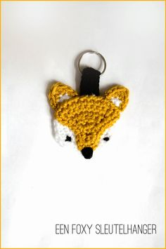 Free crochet pattern for fox keychain holder by  Miza Vanila