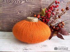 DIY Pumkin Crafts : DIY Yarn Pumpkin