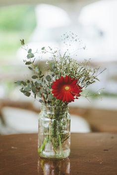Sea oaks beach club wedding by glass jar photography saying i do red gerbera daisy and babys breath centerpiece junglespirit Choice Image