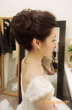 大人アップスタイル♪マーメイドドレスがお似合いの花嫁さま の画像|大人可愛いブライダルヘアメイク『tiamo』の結婚カタログ
