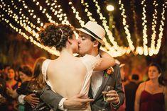 Luzinhas, vestido, cabelo e chapéu