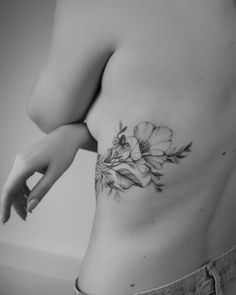 Tattoos #artsogram #tattoo #flowertattoo #floraltattoo #tattooedgirls #suicidegirls #suicide #girlswithtattoos For more visit ImgGram --> imggram.com #imggram #instagram #instaview Side Tattoos, I Tattoo, Floral, Wild Flowers, Instagram, Night, Flowers, Wildflowers, Side Tattoo