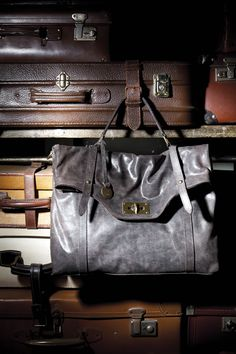 Borsa a cartella in pelle color piombo, borsa da giorno a mano Utica  #borsa #cartella #Caleidos