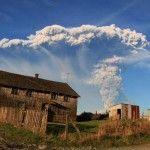 Chile: Por la erupción del volcán Calbuco, hay 54 albergados y un joven desaparecido