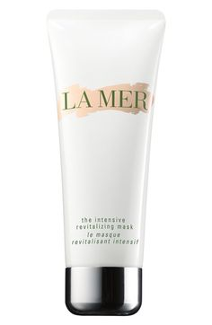 Instantly infuse your skin with healing energies of the sea with this youth promoting mask from La Mer
