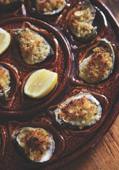GARLICKY BAKED OYSTERS with wine - Recipe - www.chefjohnbesh.com