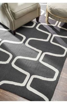 Comes in navy w white. Right size. Like it, but love it?Rugs USA Homespun Trellis Rug