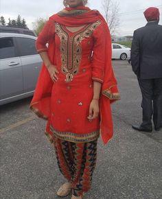#SalwarsuitforweddingOnline #PunjabibridalSalwarsuit #Partywearsalwarsuit #StylishSalwarsuitSale # Maharani Designer Boutique  To buy it click on this link :http://maharanidesigner.com/Anarkali-Dresses-Online/salwar-suits-online/ Rs..9000 Hand work . For any more information contact on WhatsApp or call 8699101094 Website www.maharanidesigner.com Maharani Designer Boutique